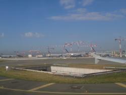 10 macarale Potain pun umarul la extinderea celui mai mare aeroport al Frantei