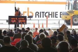 Ritchie Bros. - beneficiile vânzarii si cumpararii la licitatiile deschise de echipamente