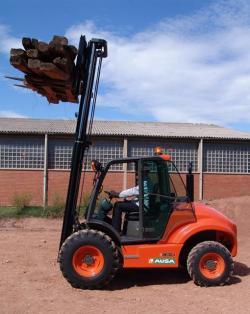 Gama noua de stivuitoare Ausa cu sistem inovator 2/4WD Full GripŸ