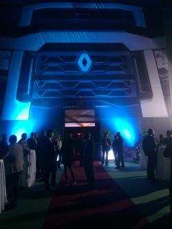 Noile game Renault Trucks s-au lansat si in Romania