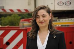 Business Woman M&U: Eleganta si echilibru in lumea constructiilor
