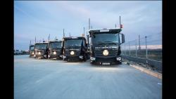 Cea mai mare flota de camioane Mercedes-Benz pe anul 2015 a fost achizitionata de Dolo Trans Olimpic
