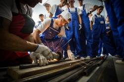 O noua generatie de mecanici in Tabara Meseriasilor din Tara lui Andrei