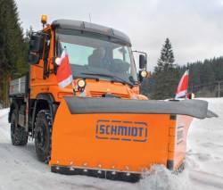 Deszapezirea drumurilor si cailor de acces, mai eficienta cu plugurile de zapada Schmidt