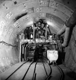 Istoria Metroului din Bucuresti  - Statia Republica