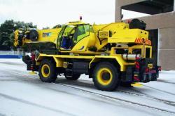 TCM lanseaza noua macara pentru teren accidentat