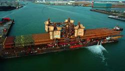 15.000 tone transportate pe 540 linii de axe ale transportoarelor modulare Kamag si Scheuerle