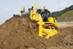 D155AX-7, un nou model de buldozer Komatsu