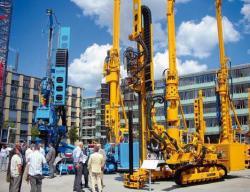 Instalaţii pentru foraje de ancorare, foraje de micropiloţi şi pentru îmbunătăţirea portanţei solului prin injecţii de beton