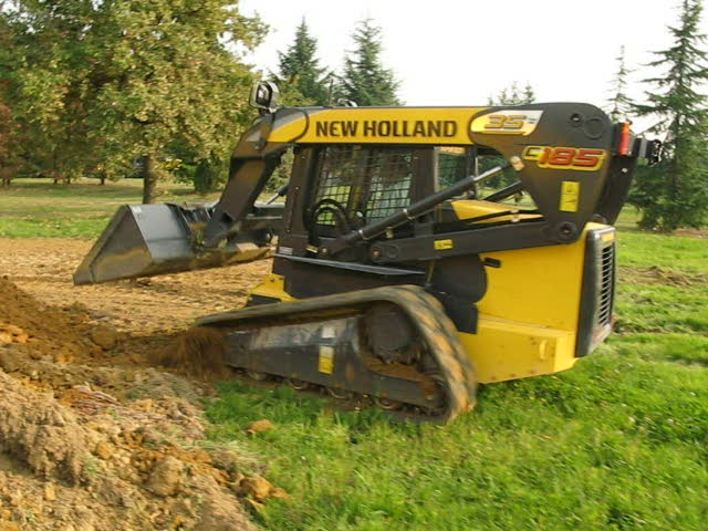 Video New Holland