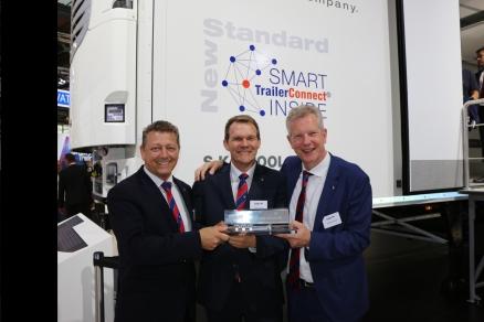 """IAA Vehicule Comerciale 2018: Schmitz Cargobull castiga premiul """"Trailer Innovation 2019"""" pentru conceptul sau SmartTrailer"""