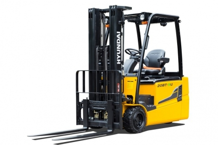 Hyundai modifies three- and four-wheel E-forklifts: significantly improved efficiency, consumption and ergonomics