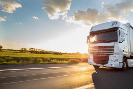 Prețurile autovehiculelor comerciale rulate au scăzut cu 1,8% - Care au fost cele mai ieftine categorii și branduri de autovehicule comerciale rulate din agricultură, transport și construcții, în ultimele 6 luni ale acestui an