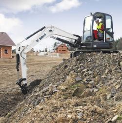 Lansare Bobcat- excavatorul E60