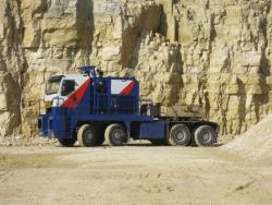 Anvelope Goodyear echipeaza cel mai mare semi-camion din lume