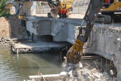 Atlas Copco ajuta la o demolare in Brazilia