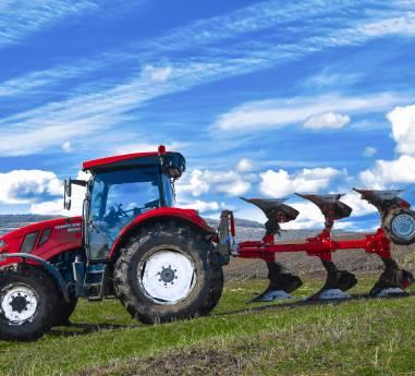 Tractorul agricol romanesc TAGRO, omologat de Registrul Auto Roman