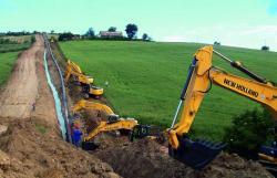 Debut în Italia pentru noile excavatoare E305C