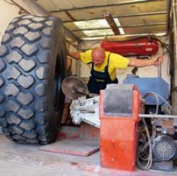 Servicii complete pentru anvelopele OTR